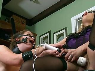 BDSM Piggy Play With Goddess Starla